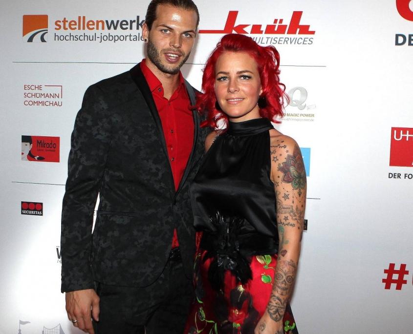 Fußballprofi Dennis Diekmeier und Ehefrau Dana